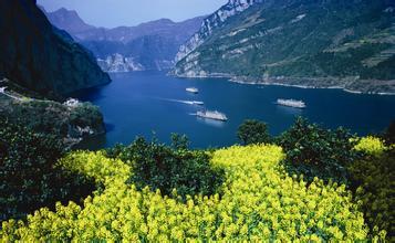 三峡大瀑布+快乐谷+西陵峡全景二日游<景秀三峡-武汉双动往返>